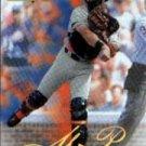 1999 SkyBox Premium #114 Mike Piazza
