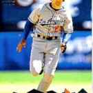 2000 Pacific Omega #74 Eric Karros