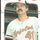 1988 Fleer 553 Don Aase