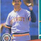 1991 Fleer 469B Mike Devereaux/(First line of text/ends with runs)