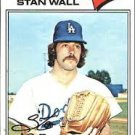 1977 Topps 88 Stan Wall