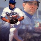 1993 Flair 71 Eric Karros