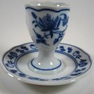 Zwiebelmuster Blue Onion Egg Cup Attached Undertray