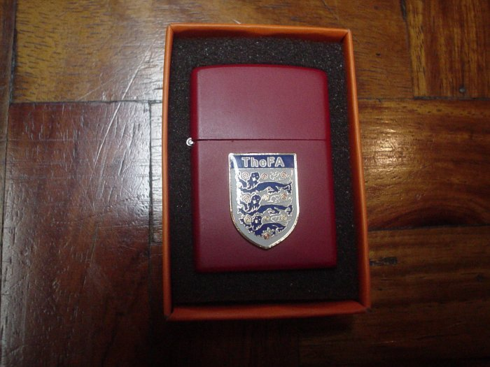 ENGLAND FA THREE LIONS LIGHTERS | SOCCER/FOOTBALL