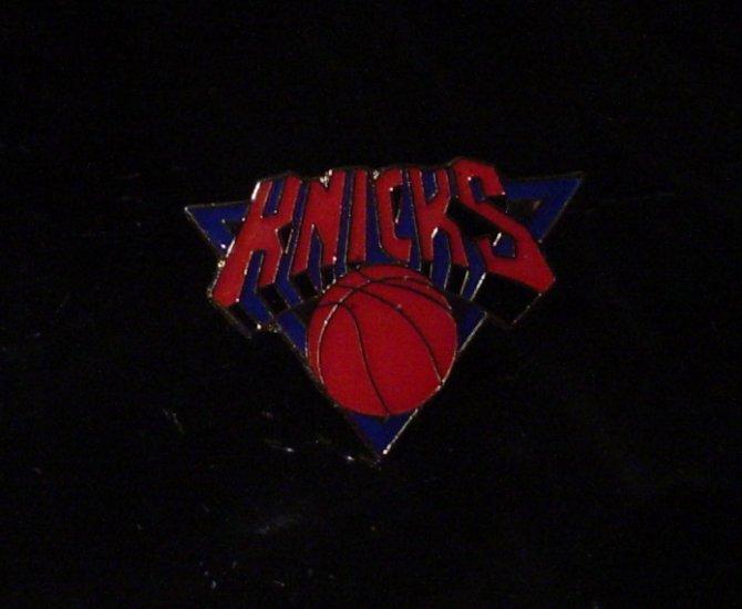 NBA New York Knicks Crest Pin