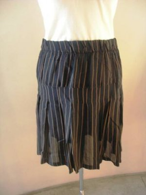 Black mini striped pleated skirt sz 3