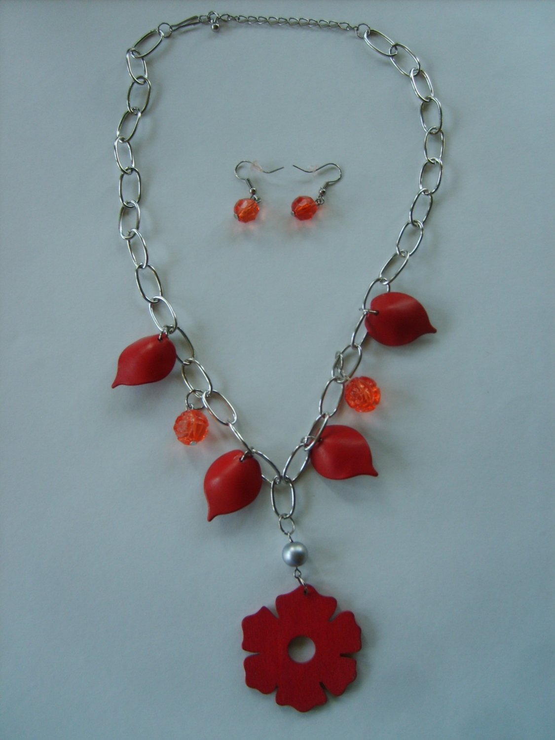 Red Orange Flower, Leaves, and Bead Necklace New With Tag