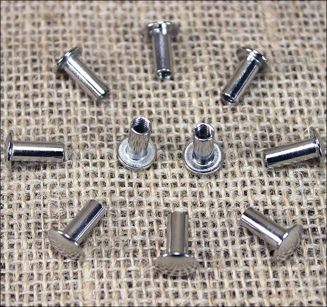 10 Set 1/2in. CHICAGO SCREW SET NICKLE PLATED FOR REPAIR HORSE TACK SADDLE BELT