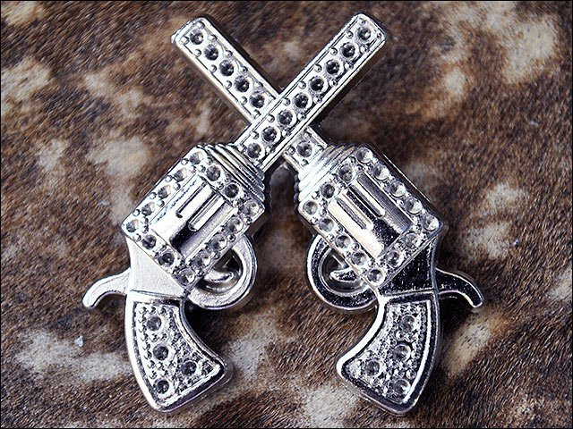 SET OF 16 ANTIQUE SILVER FINISH CROSS PISTOL CONCHOS SADDLE HEADSTALL COWGIRL