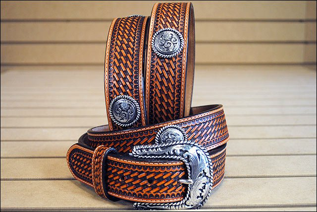 46in. JUSTIN ROUND EM UP TOOLED WESTERN LEATHER BELT BROWN MADE IN THE USA