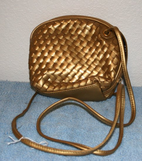 Girls Gold Shoulder Strap Purse Inside Compartments