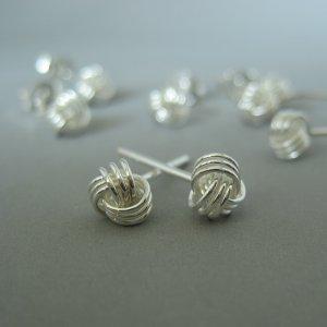 Celtic knot stud earrings for men EC461