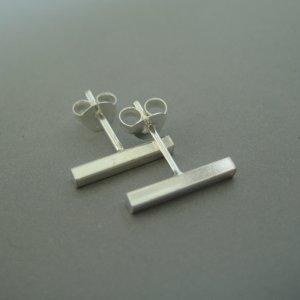 Men's silver bar stud earrings EC464
