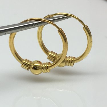 Men's small gold wire hoop earrings, EC545A