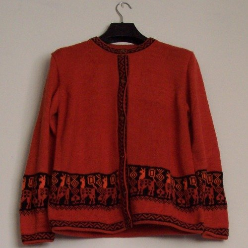 Lot of 10 sweaters with lamas