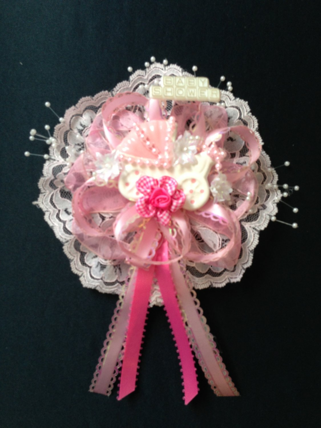 mom to be baby shower corsage capia