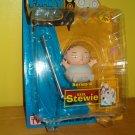 Mezco: Family Guy, Series 4: XXXL Stewie, MOC