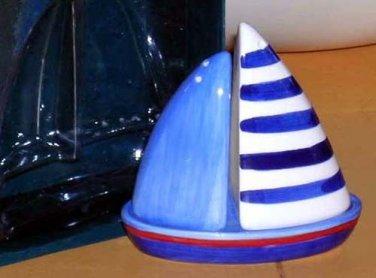 Nantucket Salt & Pepper Shakers Under Plate Blue White Sailboat 3 Pc Set New