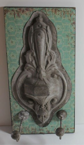 Chic Shabby 2 Hook Hanger Panel Coat Purse Scarf Antiqued Pewter Fleur de Lis