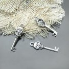 Lot of 500pcs mini silver skull key dollhouse miniature toy/jewelry bracelet alloy Charm CM1007
