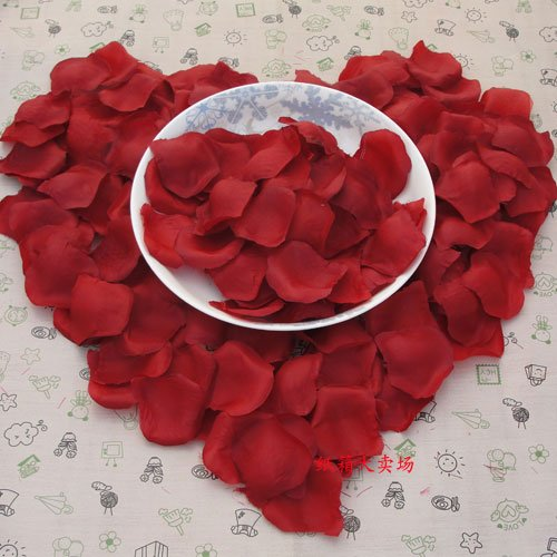 Lot of 480pcs Fake Wedding Red Rose Petal Life Size