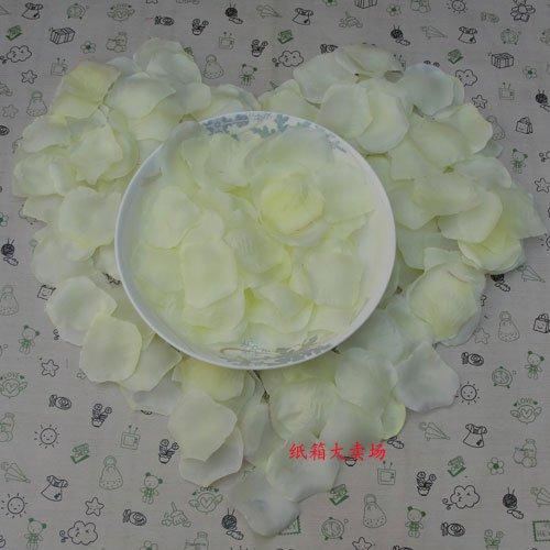Lot of 480pcs Fake Yellow Wedding Blue Rose Petal Life Size