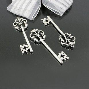 Lot of 100pcs  Key /jewelry bracelet  metal alloy Charm Fit Pendant CM638
