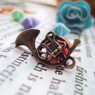 Lot of 300pcs Saxhorn dollhouse miniature toy/jewelry bracelet  metal alloy Charm B2