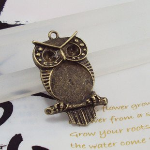 Lot of 100pcs OWL 42mm dollhouse miniature toy/jewelry bracelet  metal alloy Charm