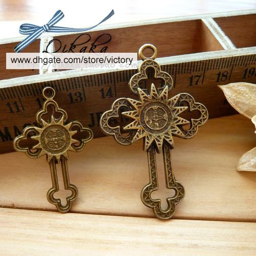 100 XDollhouse Sun Cross  /jewelry Pendant metal alloy charm 52 x 33mm