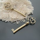 Lot of 100pcs mini brass Key dollhouse miniature toy/jewelry Charm CM653