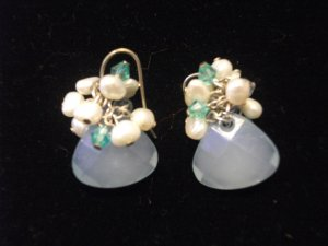 Medium Gem with Freshwater Pearl Earrings Blue