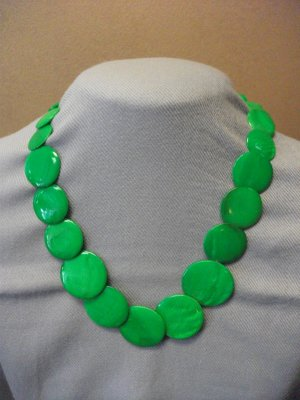 Round Shell Necklace with Matching Earrings Green