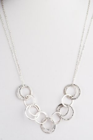 Ofina Circle Link Sterling Necklace
