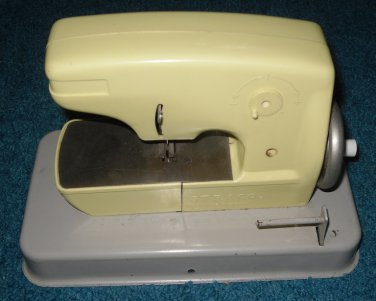 Toy Sewing Machine Straco Made in England