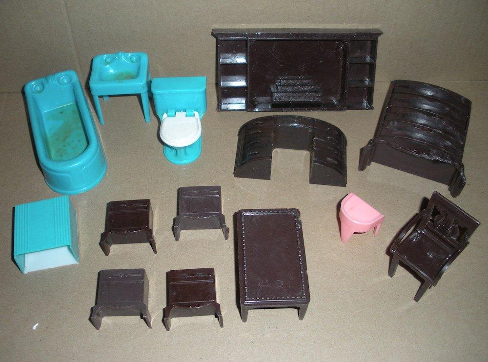 Dollhouse Furniture by Plasco Fireplace, bathroom, chair