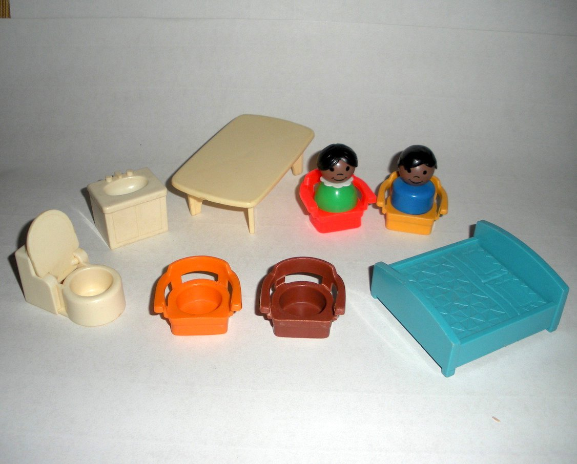 Little People Furniture Table Chairs Bathroom Bed African Americans Lot 14