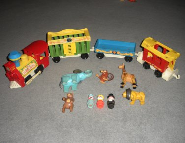 Little People Circus Train 991 Animals Ringmaster Clown Lot 27.