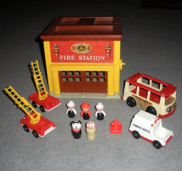 Little People 928 Fire Station Trucks Ambulance Mini Bus Lot 30