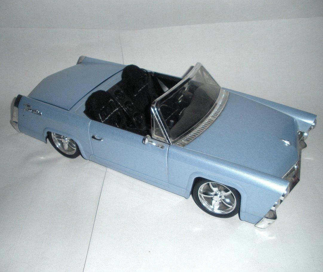 Bratz Doll FM Cruiser Convertible Cadillac Radio Car