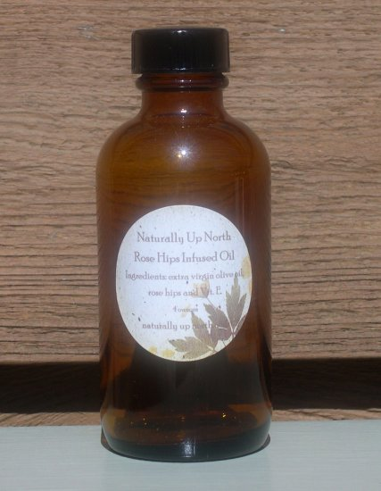 Rose Hips Herbal Infused Oil 4 ounces