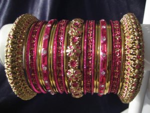Indian Ethnic Bridal Bangles Gold Tone Hot Pink Kada Size 2.4(XS) 2.6(S) 2.8(M)