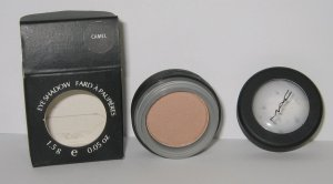 MAC - Camel Eye Shadow NIB