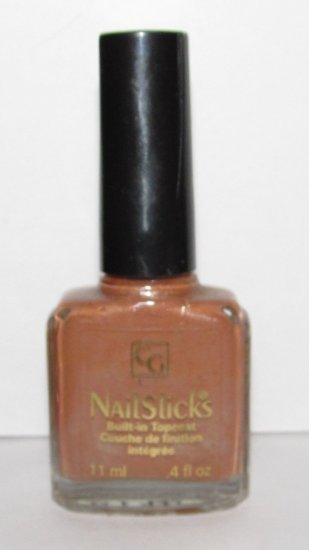 Cover Girl Nail Polish - Sand Castle 461 - NEW