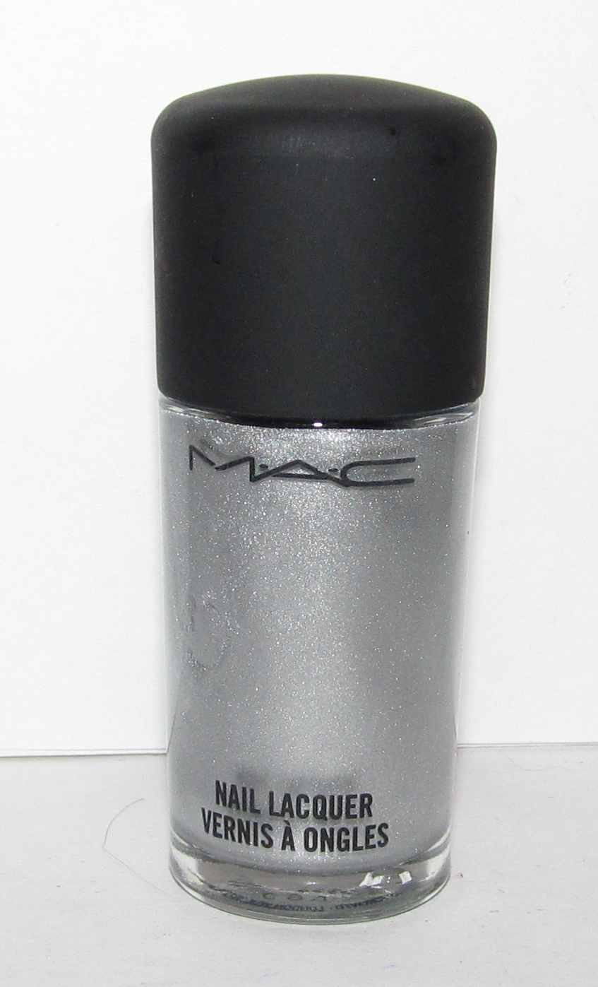 MAC - $$$$$ Yes Nail Polish - NEW
