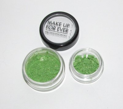 MAKE UP FOR EVER - 958 Green Apple with Gold Highlights 1/4 tsp Star Powder Sample