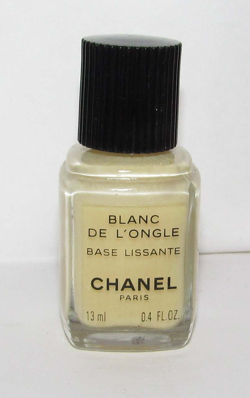 CHANEL Nail Polish - Blanc De L'Ongle (Base Coat) - NWOB