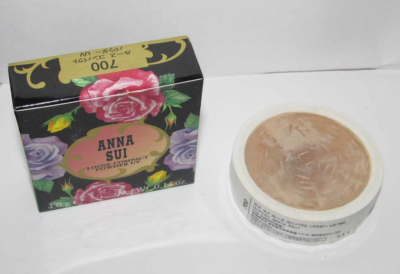 Anna Sui - Loose Compact Powder UV - 700