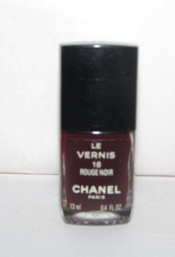 CHANEL Nail Polish - Rouge Noir1 18 - NEW