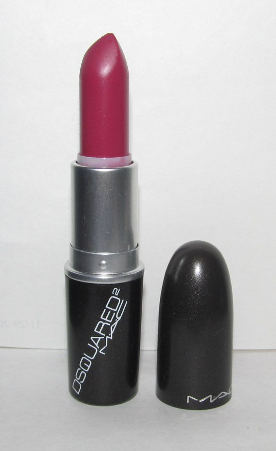 Mac 129: Blood Red Lipstick